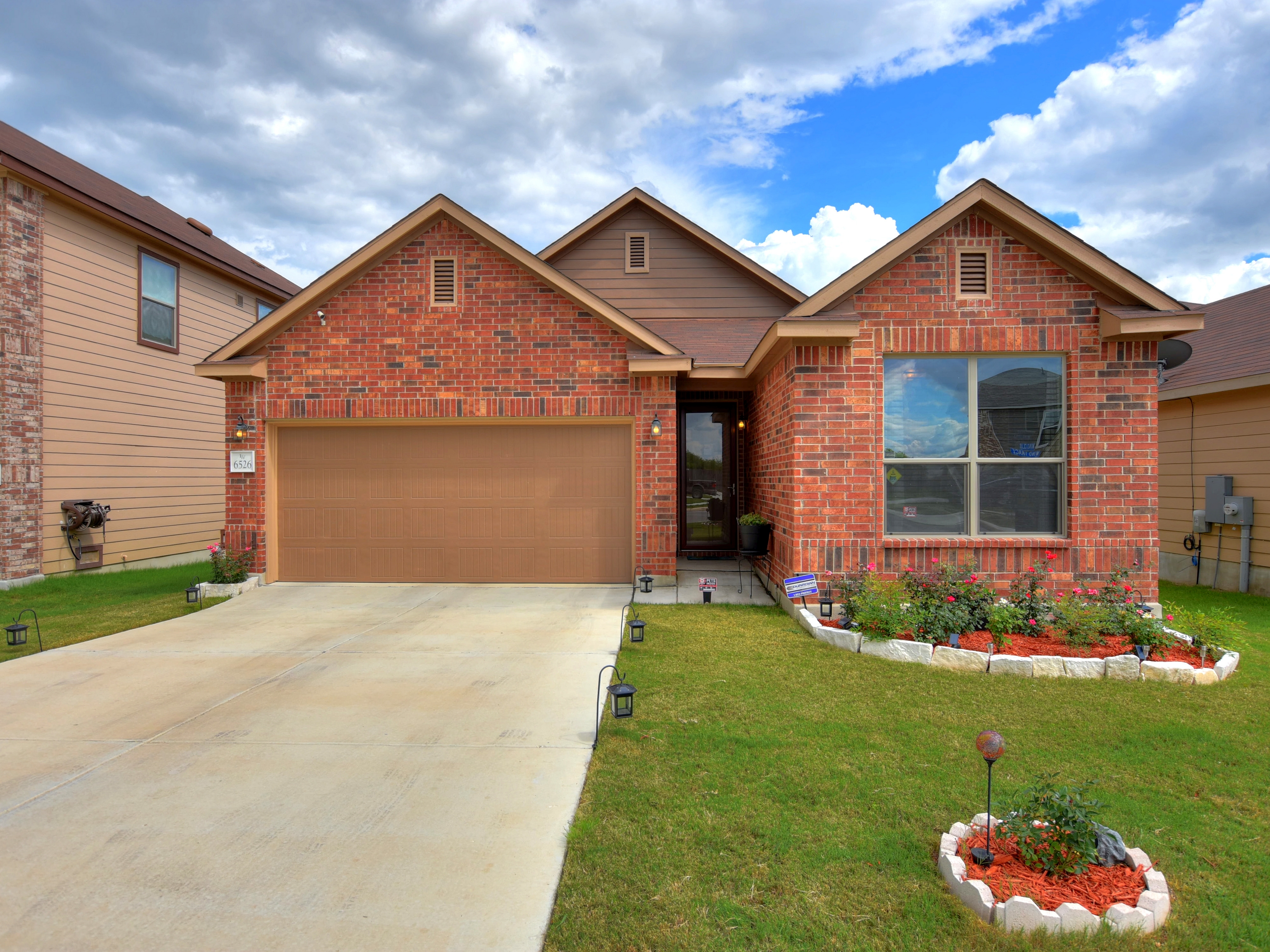 6526 Wind Trace, San Antonio. Click for more photos and pricing